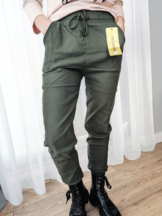 Kelnės su raišteliu žalios