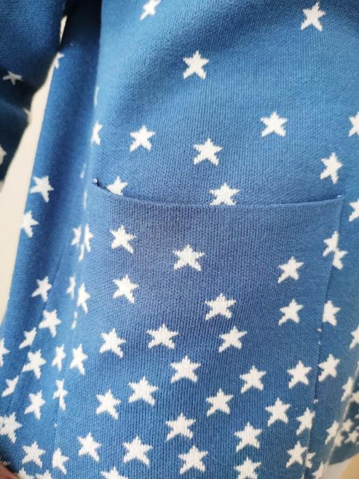 Megztinis su žvaigždutėm