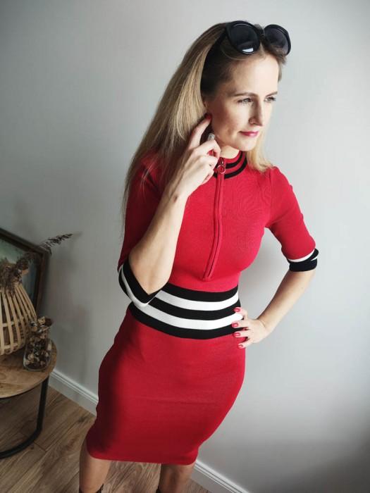 Suknelė su užtrauktuku raudona