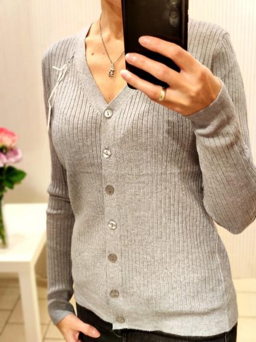 Megztinis su sagom pilkas