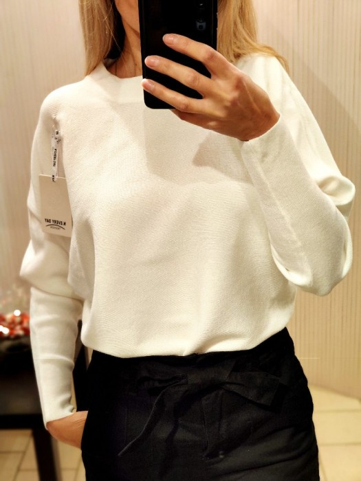 Megztinis baltas