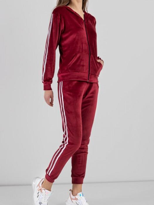 Sportinis kostiumas veliūrinis su juostelėm raudonas